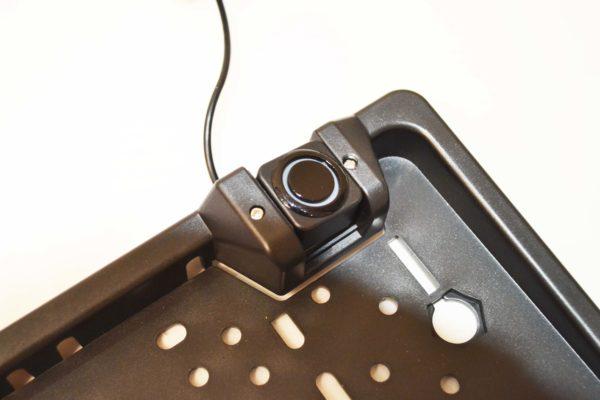 Камера в рамке номерного знака с парктроником